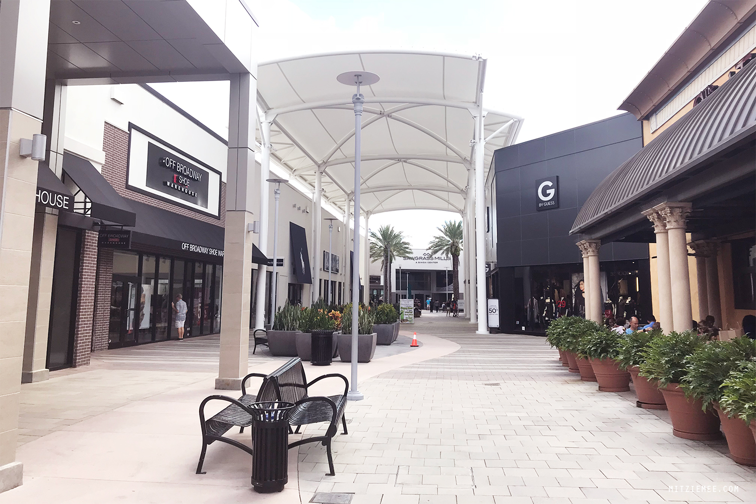 Sawgrass Mills, outlet shopping i Florida