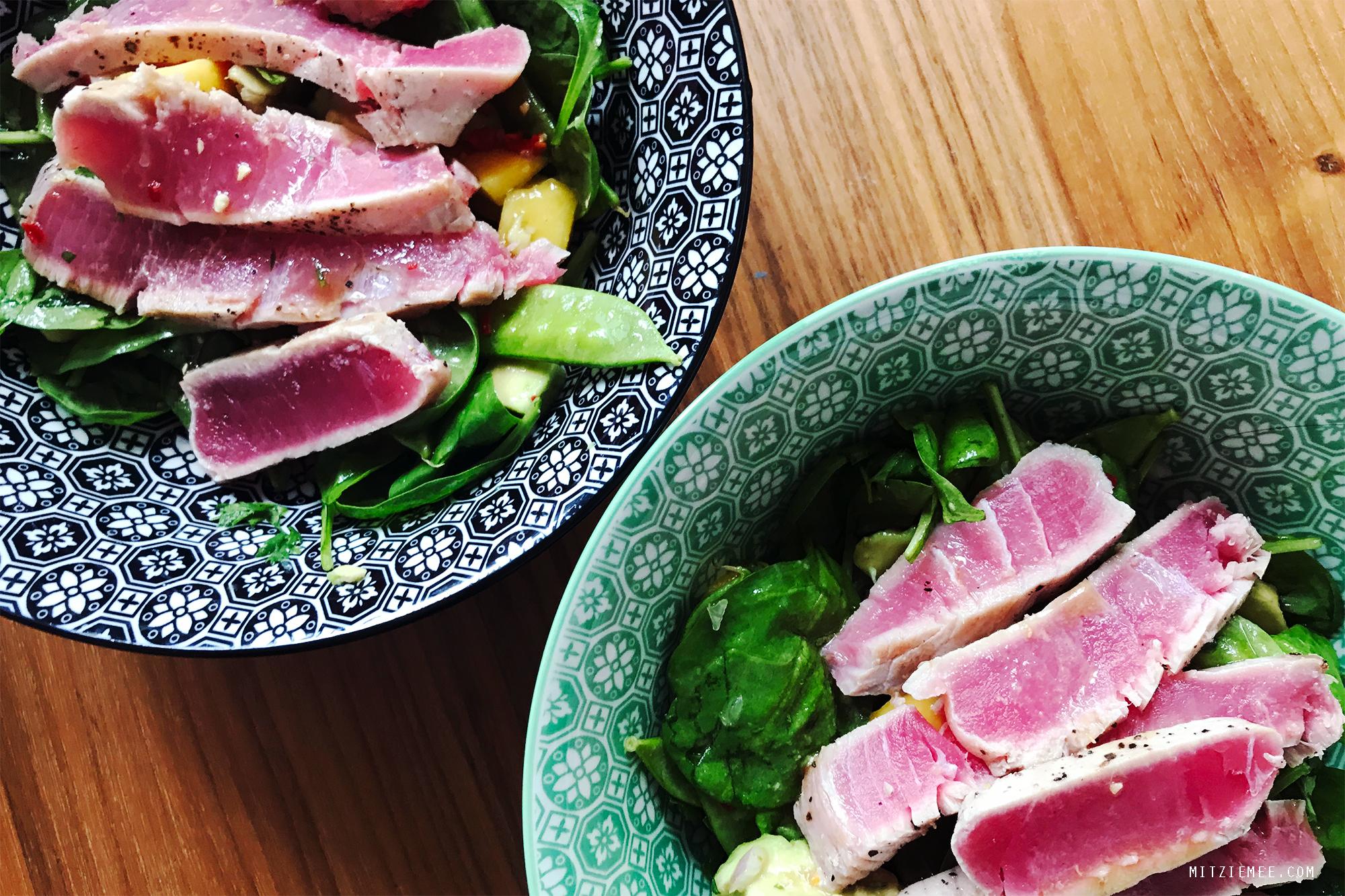 Opskrift på salat med lynstegt tun